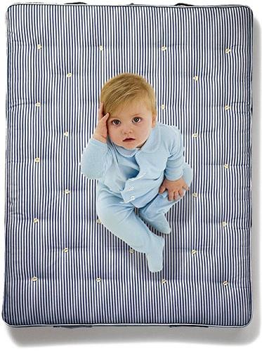 Однако для новорожденных матрас, сделанный целиком из латекса, не подходит из-за недостаточной жесткости.